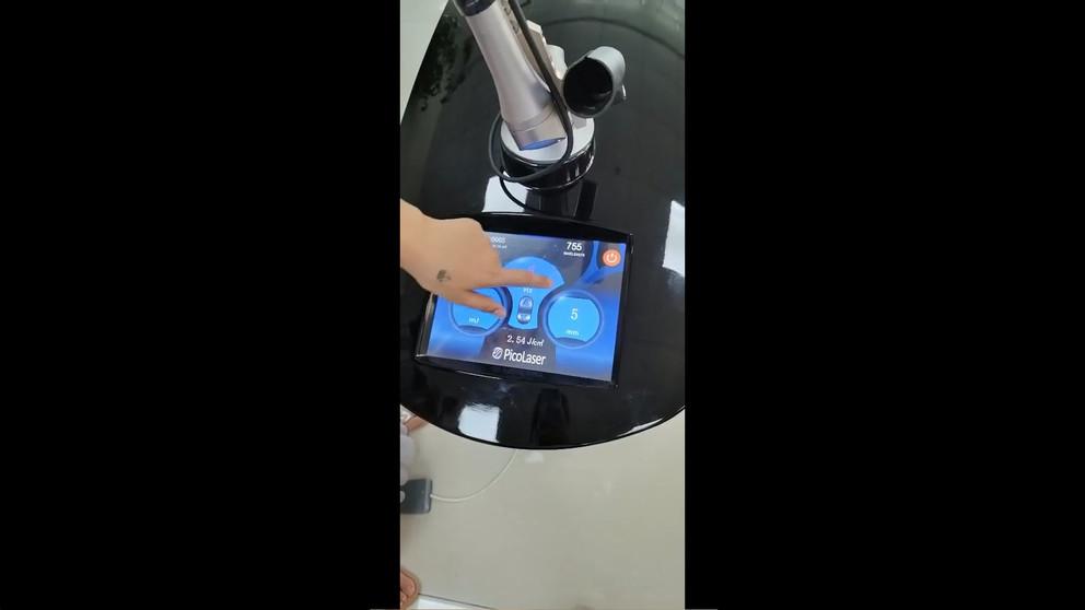 Three-wavelength Picosecond Tattoo Removal Machine JM-PC2